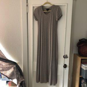 Adrienne Vitradini Maxi Dress / Small